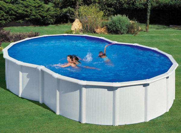 piscina desmontable gre Varadero de acero blanca con forma de 8