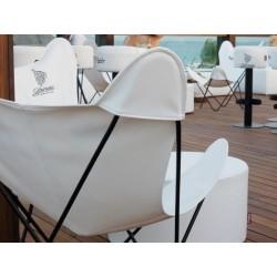 silla de exterior color blanco