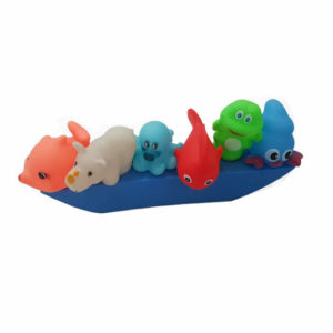 Barco flotante con animales
