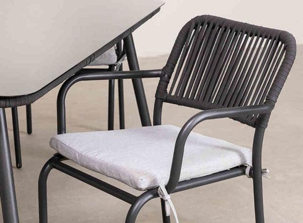 sillas y mesa de jardín de Sklum gris