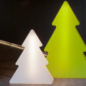 árbol de navidad Pinus con luz