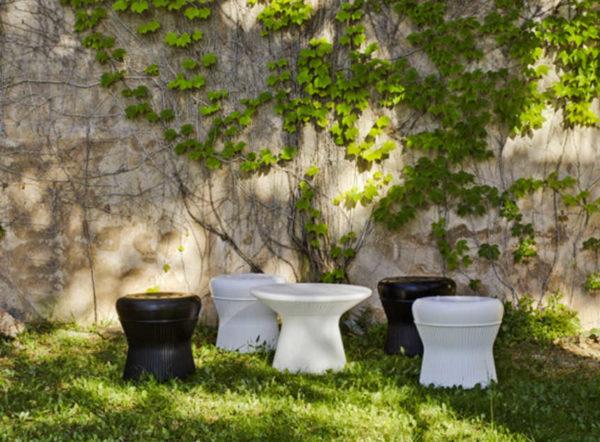 Taburete Corfu y mesa Capri
